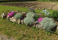 skalka krášli záhradku