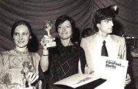 V roku 1977 získala na filmovom festivale v Berlíne cenu Zlatý medveď za film Vzostup