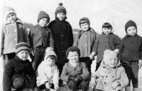 unikátna fotografia ciglanských škôlkarov z čias, keď ešte v obci fungovala škôlka - rok 1968