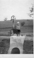 betónový priepust pri kríži smerom na Dubovú - rok 1947