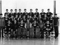 l. miesto I. SNHL - Majster SSR - VTJ Michalovce, účastník kvalifikácie o postup do I. ligy ČSSR - náš občan ako asistent trénera v sezóne 1985/86 v dolnom rade druhý z prava