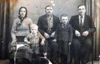 obyvatelia - rodina Jackova z mostka