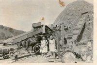 mláťačka - stroj na mechanické oddelenie zrna