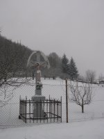 kríž na konci dediny smerom na Šarišské Čierne